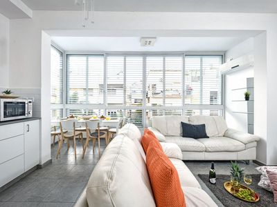 Photo for Quiet Street in a Super Central Location Classic apt