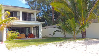 Photo for Beautiful 4 bedroom villa on the most beautiful beach of the island, turquoise lagoon.