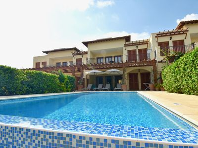 Photo for Beautiful two bedroom apartment with 8 x 4m private pool