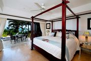 Luxury Two Bedroom Villa w/ Private Plunge Pool Located on Paynes Bay Beach