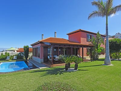 Photo for Holiday villa with private pool and spectacular sea views