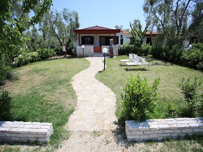 Photo for Comfortable apartment with AC in a beautiful national park