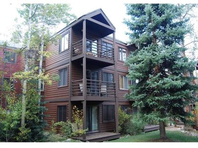 Photo for *NEW LISTING*Wildwood Ski in/out Condo - Steps to Downtown Breck - Pet Friendly