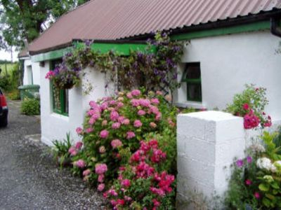 Homeaway vacation rentals beach houses condos cabins Ireland holiday homes with swimming pool