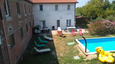 Photo for Send 100m² apartment, ground floor, with pool, boat rental