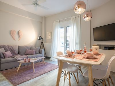 """Photo for """"Sunbow Earth"""" - One bedroom Cozy new Apt in Dowtown Athens!"""
