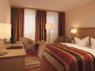 Photo for Double room superior, shower or bath, WC - Parkhotel Neustadt