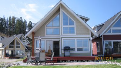Photo for Beautiful Lakeview Cottage at Lacasa (weekly, Sat. - Sat)