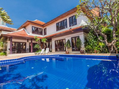 Photo for Charming 3 Bedroom Pool Villa close to Walking St