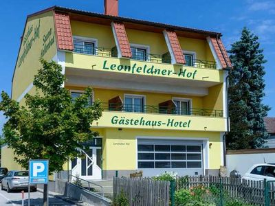 Photo for Double Room with Balcony - Annex - Leonfeldner-Hof