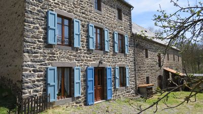 Photo for Traditional farmhouse renovated in the Cantal resort