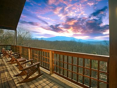 Photo for Amazing Mountain Views - 3 Bedroom Cabin