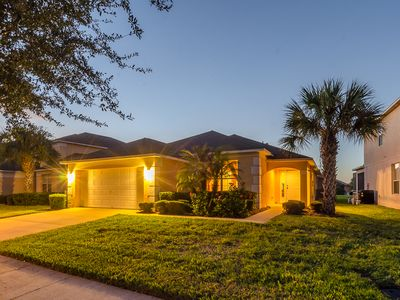 Photo for Luxurious 4BR/3BA Villa with Pool and Spa - 3 Miles to Disney!