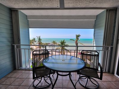 Photo for Enjoy gentle ocean breezes and gorgeous views at Sea Orchid (La Brisa #405E)