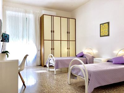 Photo for DOUBLE ROOM in the center of Salerno.