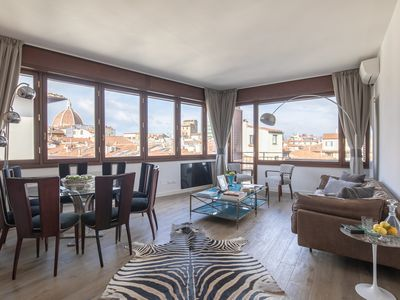 Photo for 4BR Apartment Vacation Rental in Firenze
