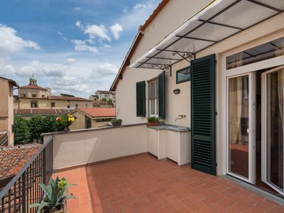 Photo for Apartment with terrace in Florence