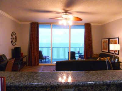 RELAX: the great room and amazing view are waiting for you