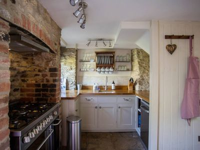Photo for Idyllic Wishbone Cottage in gorgeous river village Fairford, Cotswolds