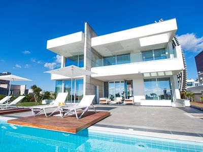 Photo for Amazing Luxury 6 Bedroom Villa with AC, Private Pool with Jacuzzi and only 70 m to the Beach!