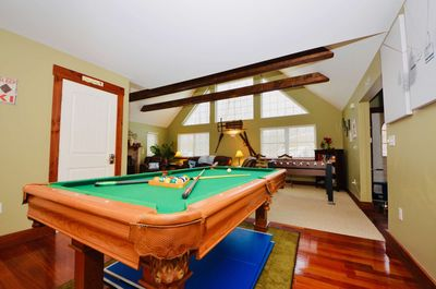 Newly Renovated 4BR/2BA, Hot Tub, Fireplace, Games and more!