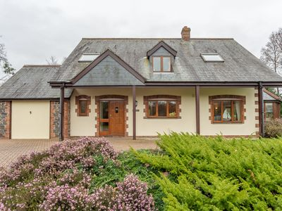 Photo for A lovely four bedroom holiday home in a small and sheltered cul-de-sac.