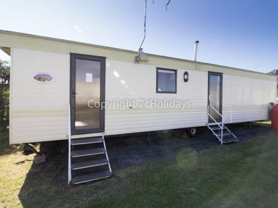 Photo for 8 berth dog friendly caravan for hire in Norfolk.