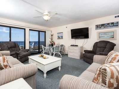 Photo for Surf Dweller 603: VERY LARGE, BEACH FRONT, 6th floor, FREE BEACH CHAIRS!