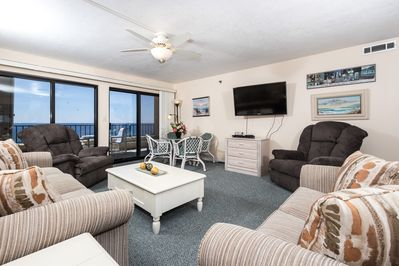 "Large yet cozy family room with large flat screen - Open view of this spacious 2 bedroom 6th floor unit. 46"" FLAT SCREEN TV!"
