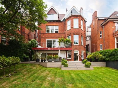 Photo for Modern Apartment in Hampstead