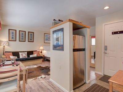 Photo for The perfect home base for you and your partner during your Sunriver getaway!