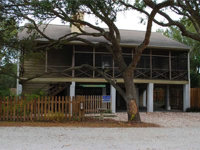Photo for Sea Oats: 5 BR / 2.5 BA house in Pawleys Island, Sleeps 11