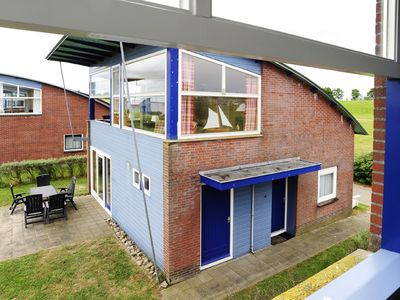 Photo for 6 pers. Lakefront house 'anne' with nice view of the Lauwersmeer