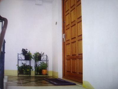 Photo for Room DONA /2 single beds 90×200/sat TV, aircondition,view on the private garden