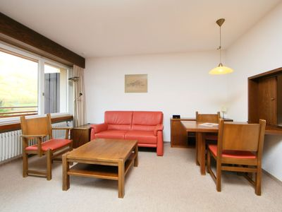 Photo for One bedroom Apartment, sleeps 2 with FREE WiFi and Walk to Shops