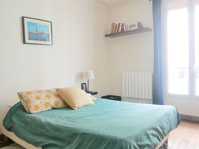 Photo for Beautiful apartment near the Moulin Rouge