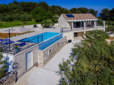 Photo for Villa Olive Tree with pool