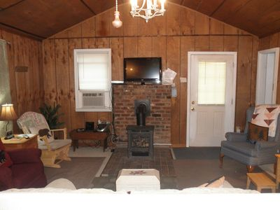 Photo for Cozy Mountain Cottage 15 Minutes to Downtown Asheville