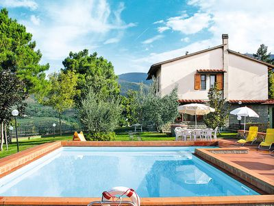 Photo for Vacation home Casa Belvedere  in Castelfranco di Sopra, Florence and surroundings - 10 persons, 5 bedrooms