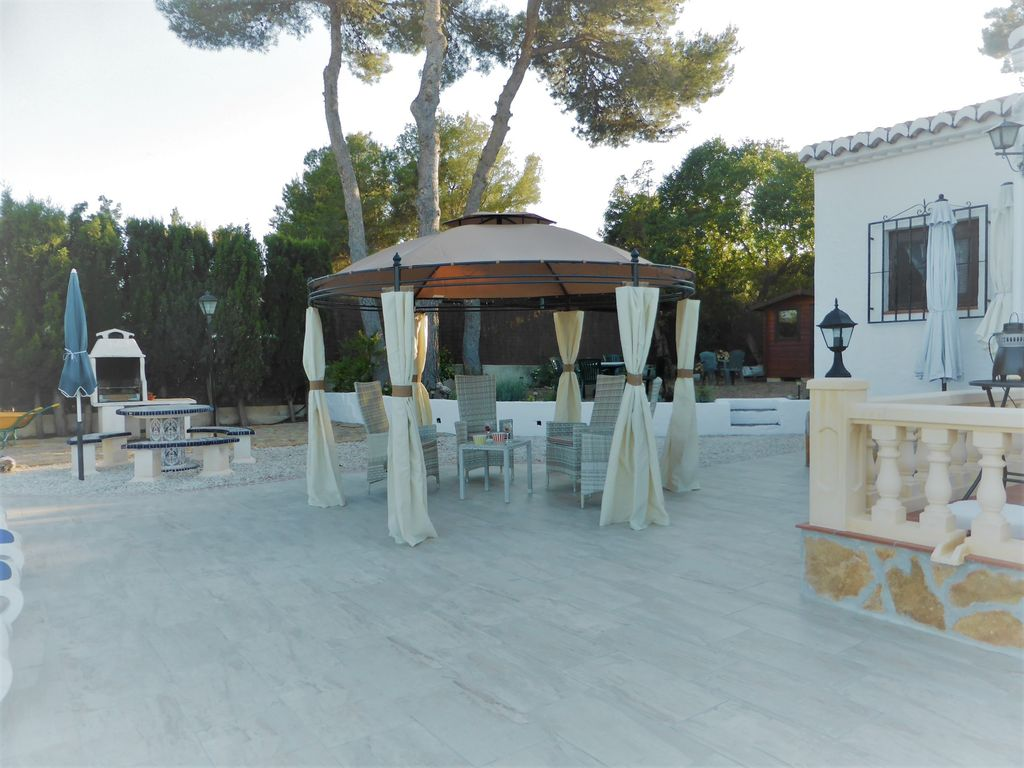 Casa Anita: A Peaceful Traditional Villa With Rustic Charm And ...