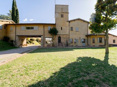 Photo for Vintage Holiday Home in Collazzone with Swimming Pool