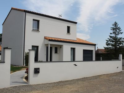 Photo for Family house with garden and terrace 5 minutes from Veillon beach