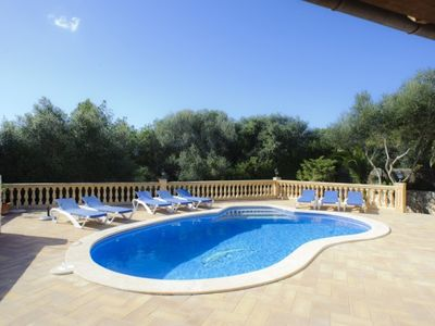 Photo for 5 bedroom Villa, sleeps 10 in Cala d'Or with Pool, Air Con and WiFi