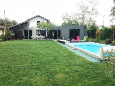 Photo for SPACIOUS AND LUMINOUS HOUSE 200m² 8 PERSONS GARDEN SWIMMING POOL