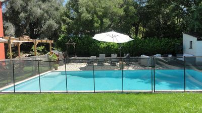 Photo for Beautiful villa with very large secure pool on the Cote d'Azur, very quiet.