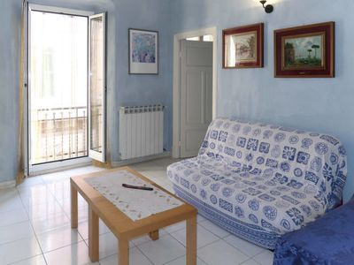 Photo for 2 bedroom Apartment, sleeps 6 with FREE WiFi and Walk to Beach & Shops