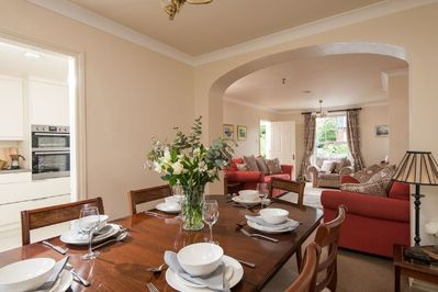 Luxurious comfort in a stylish townhouse accommodating up to six guests