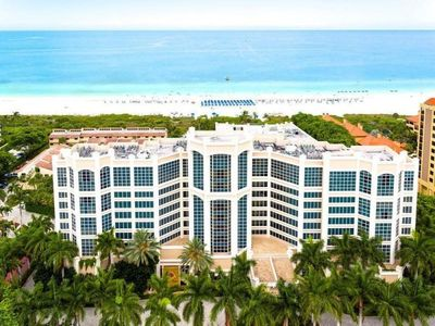 Photo for Spacious 2BR Suite with Sunset Views! Pool, Spa Center, Right on the Beach