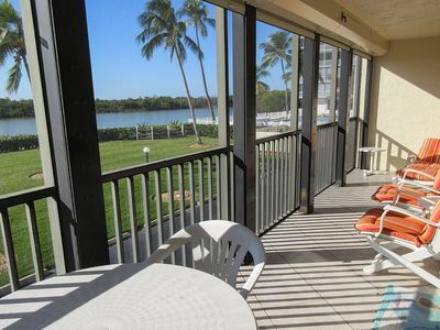 Photo for Sandy Beaches And Tropical Breezes! 2B/2B Vacation Condo Sleeps 6 Overlooks Gulf of Mexico, Heated Pool, Tennis, Elevator