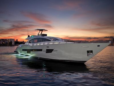 Photo for FLOATING PARADISE! 45 'Sea Ray Yacht